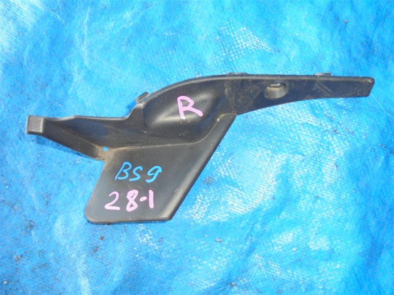 Уголок жабо Subaru Outback BS9 FB25 правый (б/у)