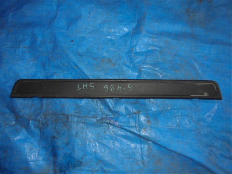 Порожек пластиковый Subaru Forester SH передний (б/у)