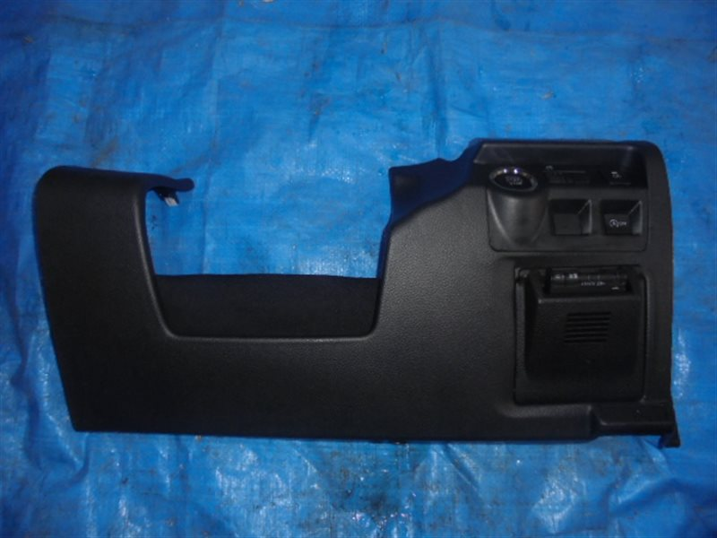 Пластик под руль Subaru Impreza GP (б/у)