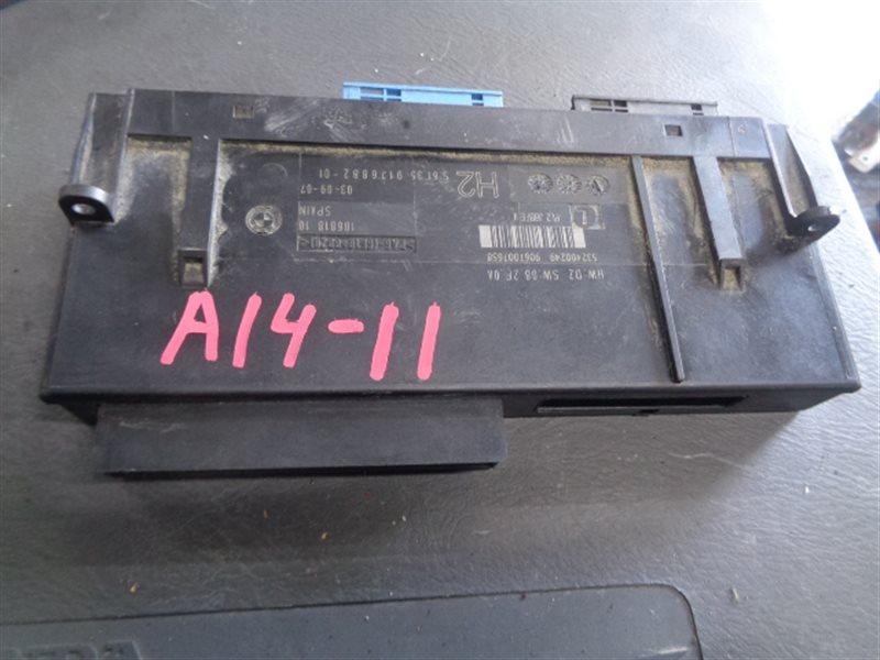 Электронный блок Bmw 1-Series 532400249/9067007658 (б/у)