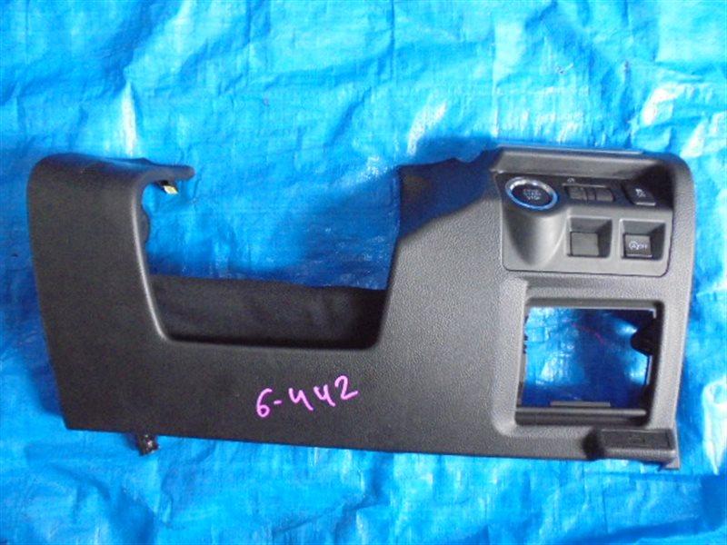 Пластик под руль Subaru Impreza GJ6 (б/у)