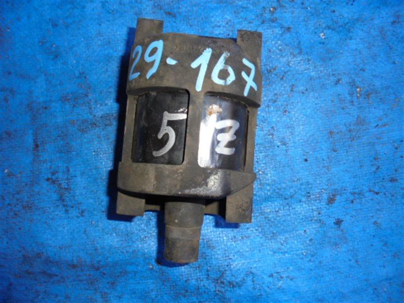 Подушка двигателя Toyota Grand Hiace VCH16 5VZ-FE задняя (б/у)