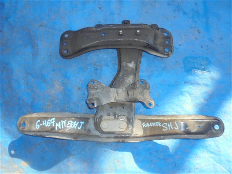 Балка под кпп Subaru Forester SHJ FB20 (б/у)