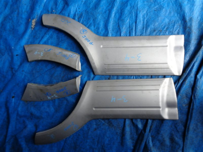 Накладка на дверь Daihatsu Terios J100G задняя правая (б/у)