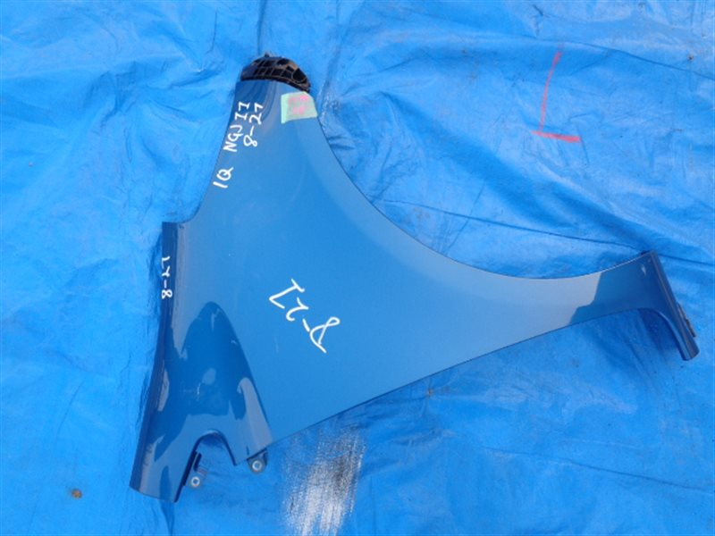 Крыло Toyota Iq KGJ10 переднее правое (б/у)