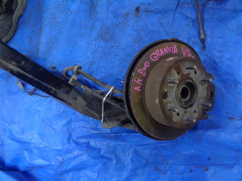 Тормозной диск Toyota Grand Hiace VCH10 5VZ-FE задний (б/у)