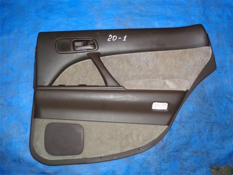 Обшивка дверей Toyota Crown Majesta JZS147 (б/у)
