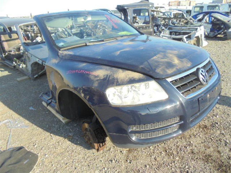 Форсунка омывателя Volkswagen Touareg 7LA AZZ 2002 правая (б/у)