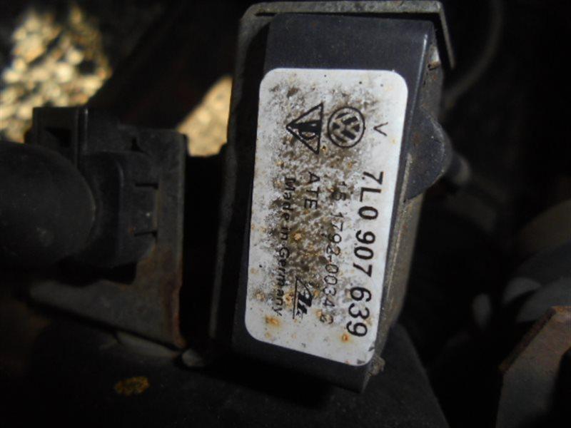 Датчик положения кузова Volkswagen Touareg 7LA AZZ 2002 передний левый (б/у)