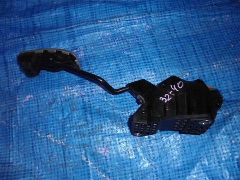 Педаль подачи топлива Toyota Gt86 ZN6 36010CA050 (б/у)