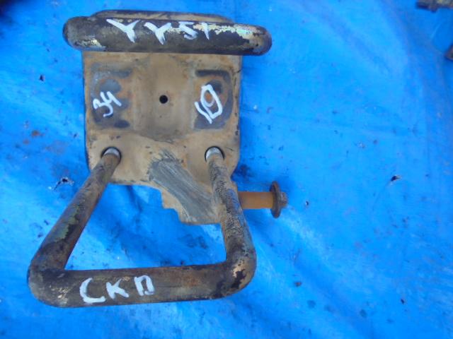 Стремянка рессоры Toyota Dyna YY51 2Y задняя (б/у)