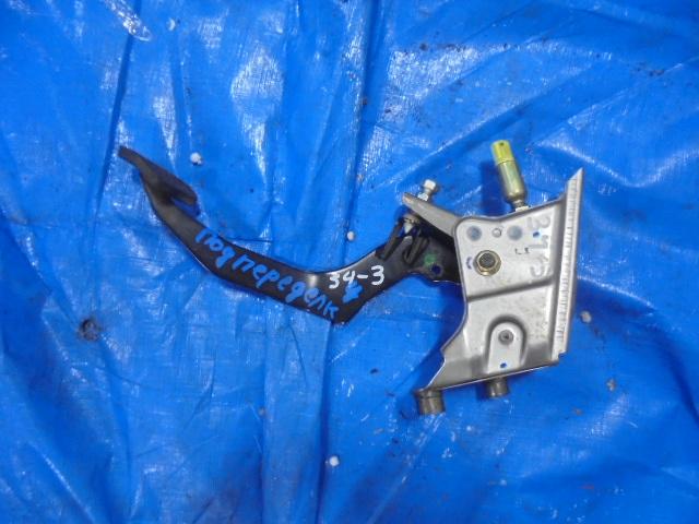 Педаль сцепления Honda Partner EY8 D16A (б/у)