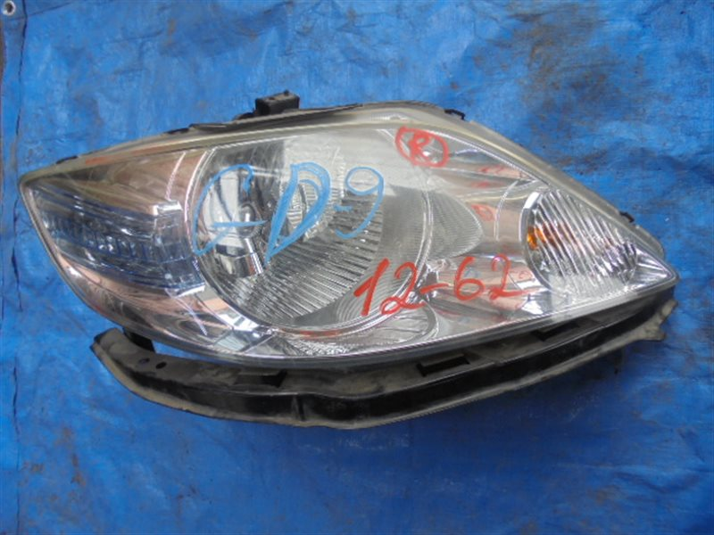 Фара Honda Fit Aria GD9 L15A правая 12-62 P5659 (б/у)