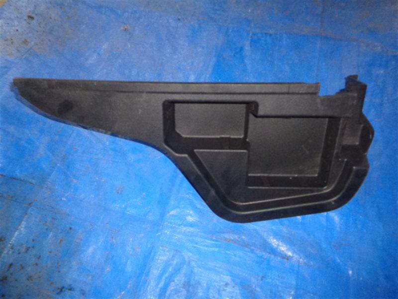 Обшивка багажника Toyota Prius Prime ZVW52 2ZR-FXE левая (б/у)