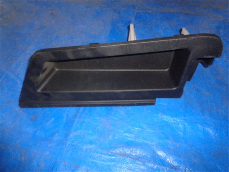 Обшивка багажника Toyota Prius Prime ZVW52 2ZR-FXE правая (б/у)