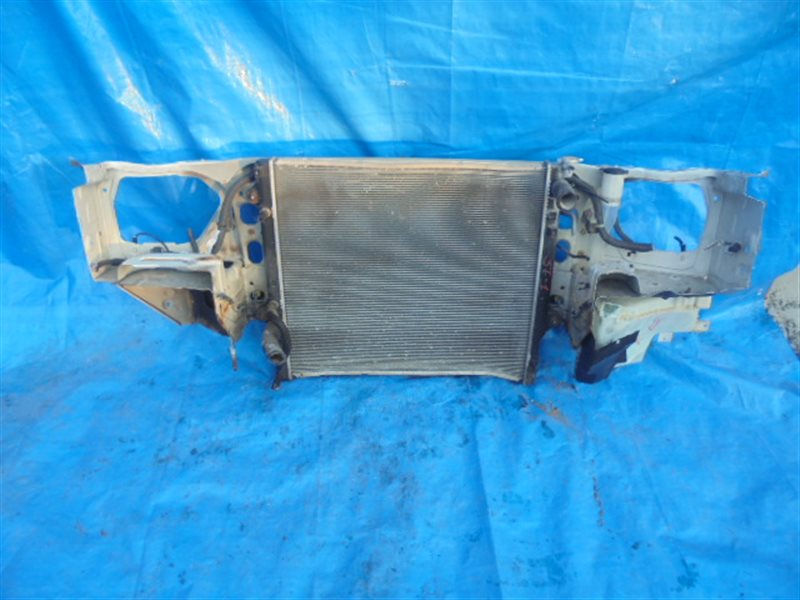 Радиатор основной Toyota Surf VZN215 5VZ-FE (б/у)