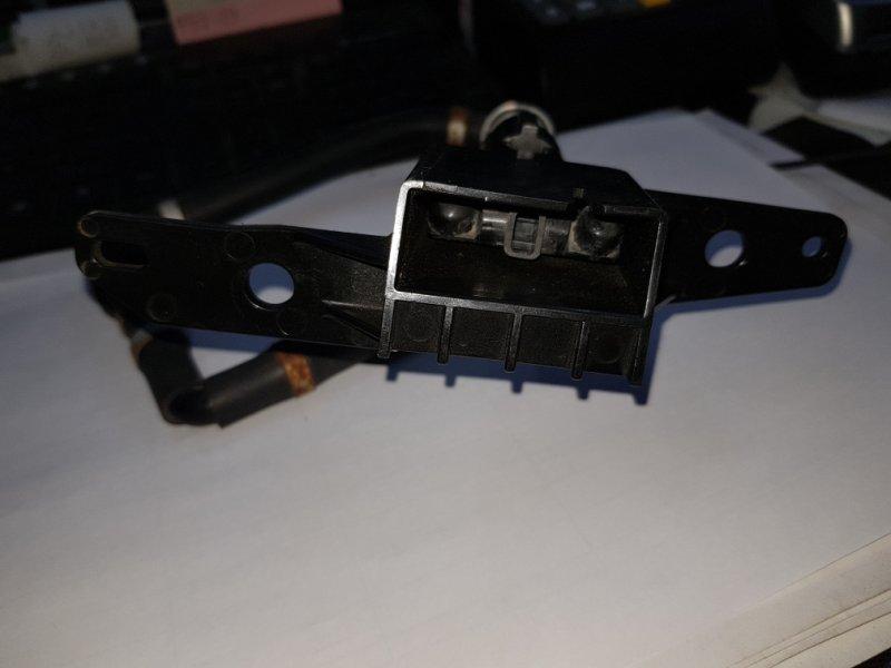 Форсунка омывателя Subaru Forester SH5 правая Koito60104 (б/у)