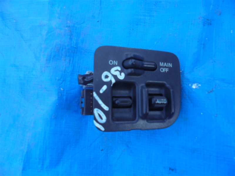 Блок упр. стеклоподьемниками Honda S-Mx RH2 B20B передний правый (б/у)