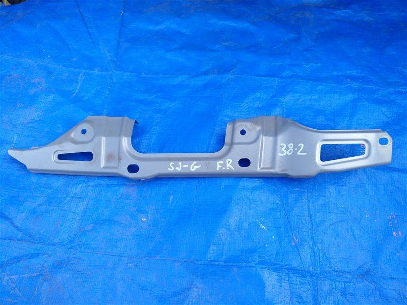 Крепление крыла Subaru Forester SG левое (б/у)