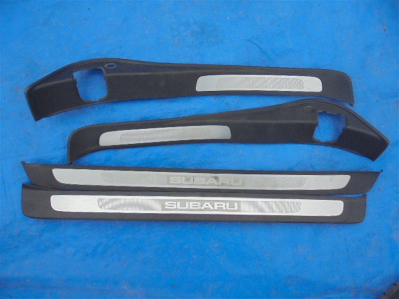 Порожек пластиковый Subaru Legacy BP5 EJ20 II MODEL (б/у)