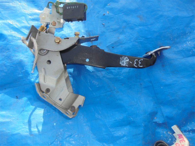 Педаль сцепления Mazda Atenza GG3P (б/у)