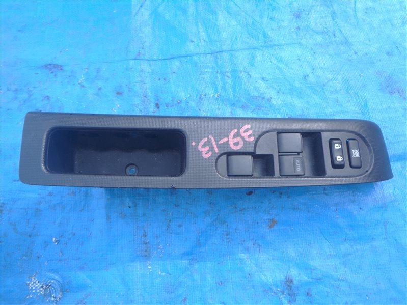 Блок упр. стеклоподьемниками Toyota Spade NCP141 1NZ-FE передний правый (б/у)