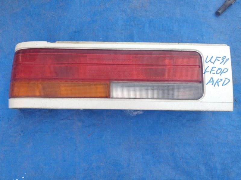 Стоп-сигнал Nissan Leopard UF31 VG30DE левый 22066170 (б/у)