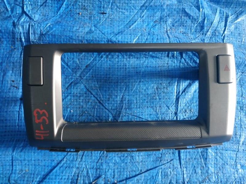 Консоль магнитофона Toyota Passo Sette M502 3SZVE (б/у)