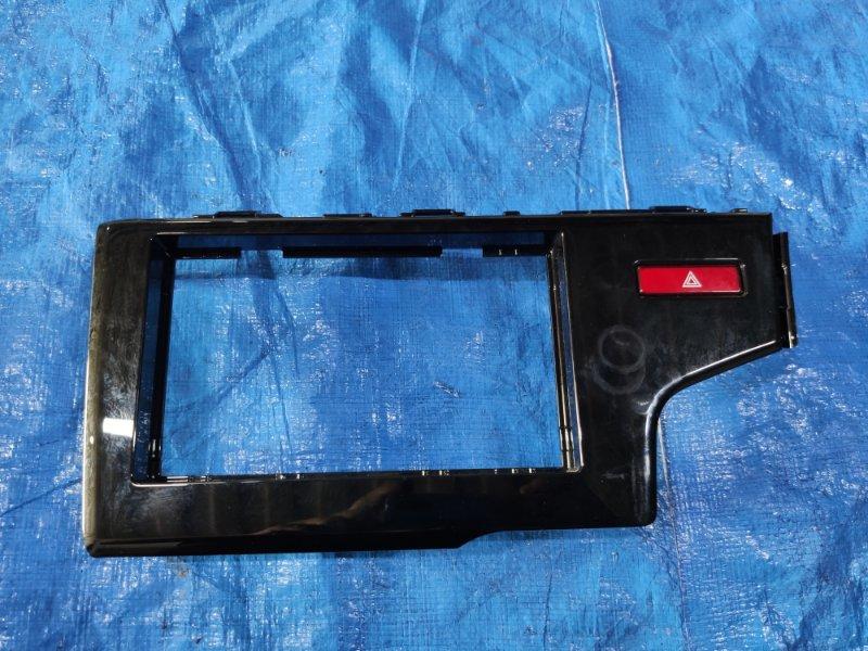 Консоль магнитофона Honda Fit GP5 2014 (б/у)