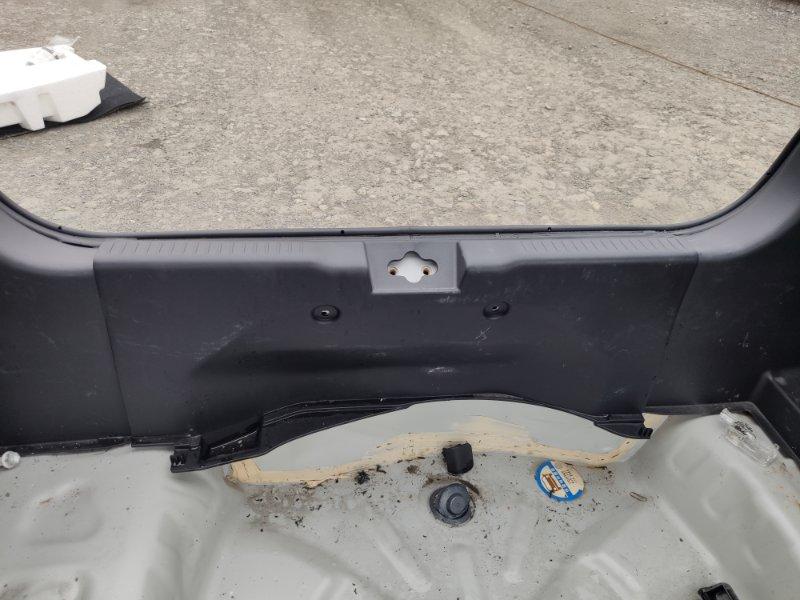 Накладка замка багажника Suzuki Swift ZC33S K12C (б/у)