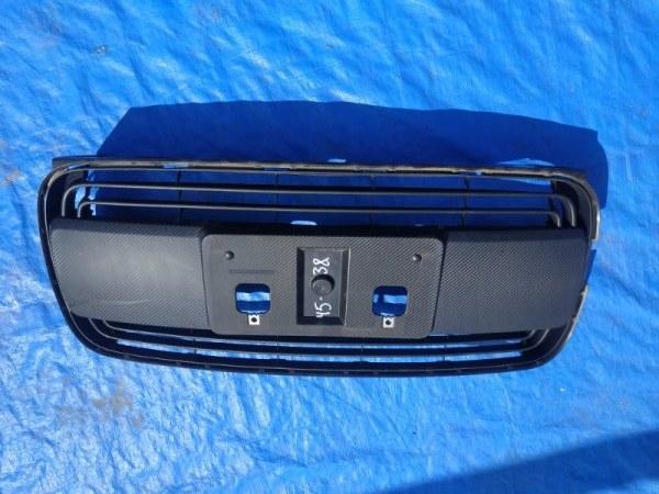Решетка бамперная Toyota Porte NCP140 (б/у)