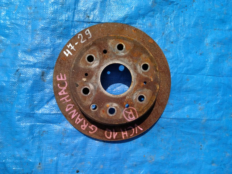 Тормозной диск Toyota Grand Hiace VCH10 задний (б/у)