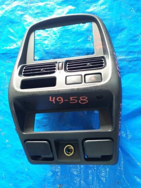 Консоль магнитофона Nissan Datsun LFMD22 (б/у)