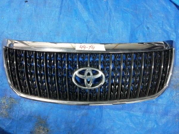 Решетка радиатора Toyota Crown Majesta UZS186 II MODEL (б/у)