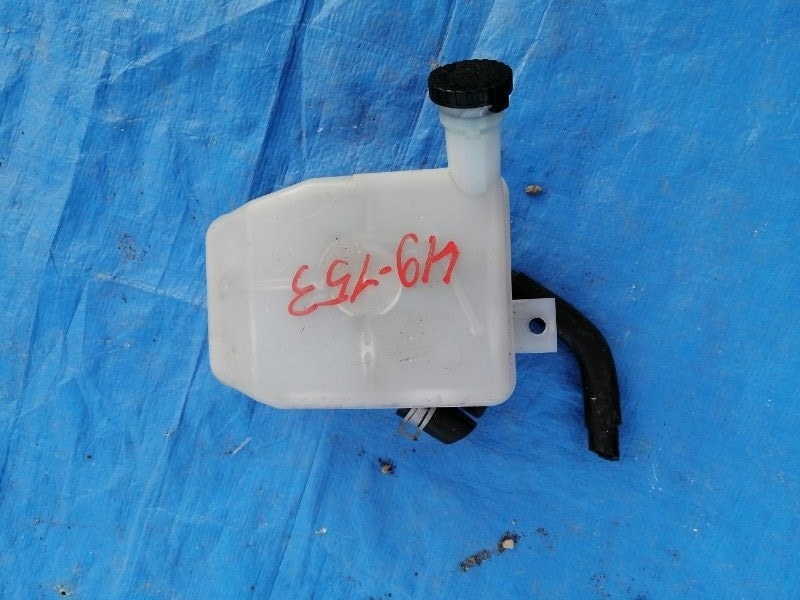 Бачок для тормозной жидкости Nissan Atlas SZ5F24 (б/у)