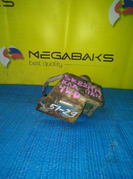 Клапан 4wd Mazda Bongo SK82 F8 (б/у)
