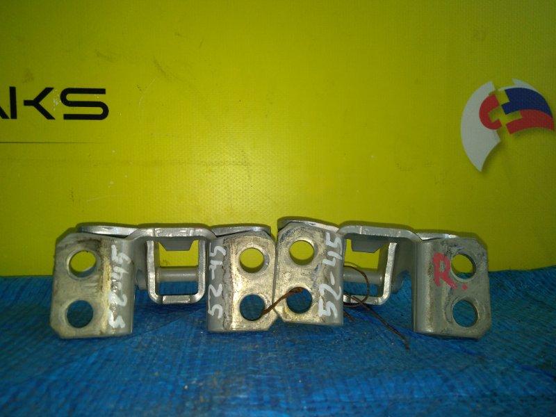 Петля 5-й двери Toyota Prado TRJ125 2TR-FE правая (б/у)