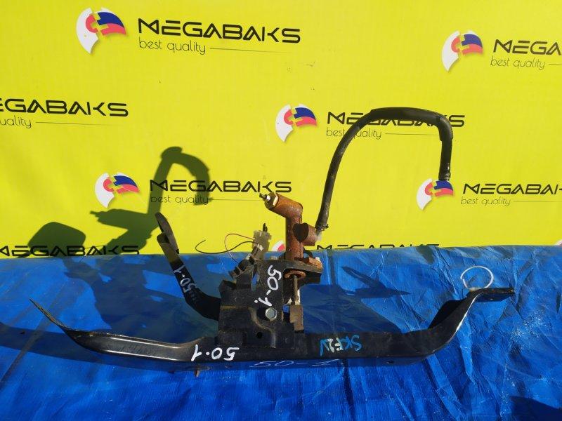 Педаль сцепления Mazda Bongo SKF2V RF (б/у)