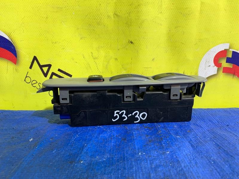 Блок упр. стеклоподьемниками Hino Dutro XZU720 передний правый (б/у)