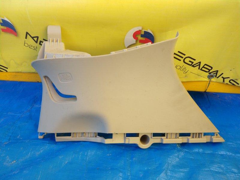 Обшивка багажника Honda Vezel RU3 LEB правая нижняя (б/у)