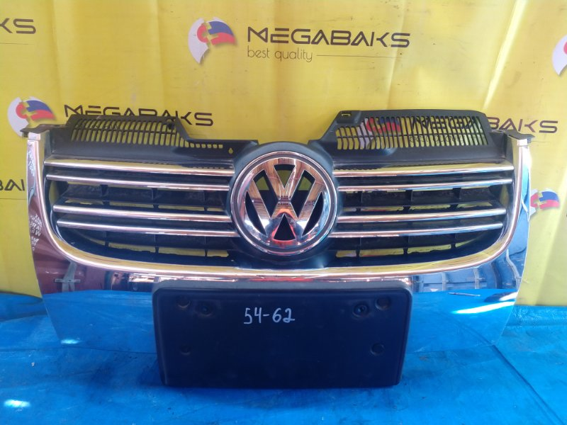Решетка радиатора Volkswagen Jetta 1K2 BLG (б/у)