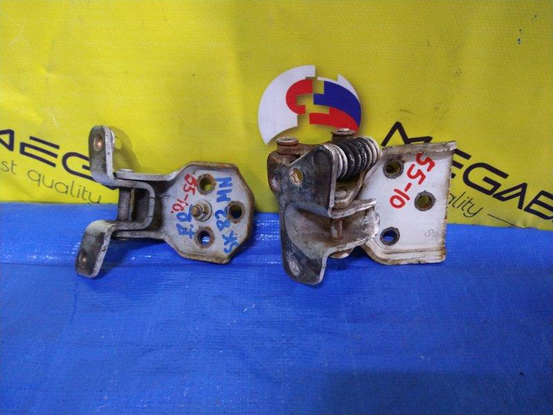 Петля дверная Mazda Bongo SK82 передняя правая (б/у)