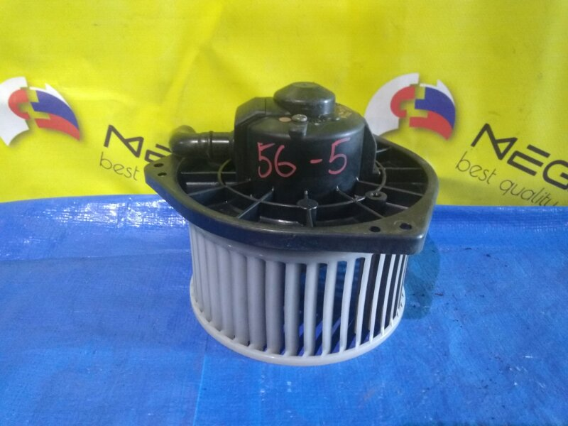 Мотор печки Mitsubishi Dingo CQ2A 4G15 (б/у)