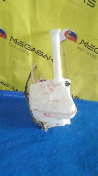 Бачок стеклоомывателя Toyota Sienta NCP175 2AZ-FE (б/у)