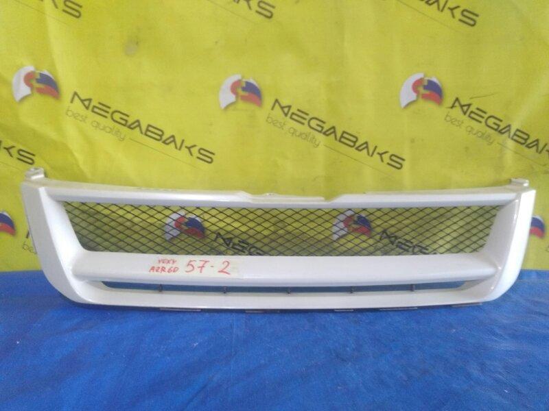 Решетка радиатора Toyota Noah AZR60 (б/у)