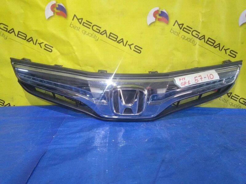 Решетка радиатора Honda Fit GP1 (б/у)