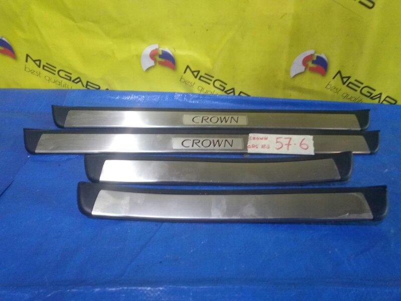 Порожек пластиковый Toyota Crown GRS180 (б/у)