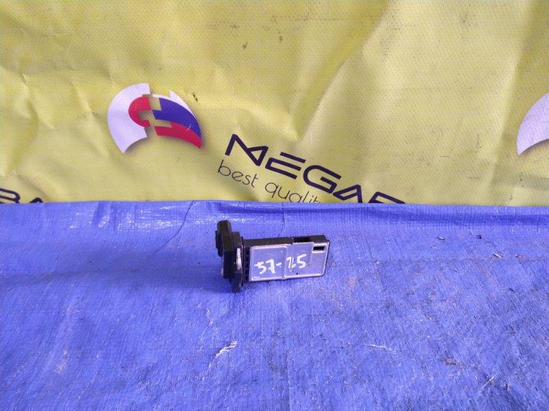 Расходомер воздушный Honda Fit L13A AFH70M-41B 1710 (б/у)