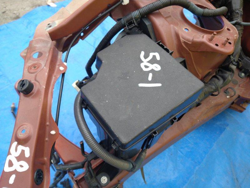 Блок предохранителей Subaru Gt86 ZN6 FA20 правый (б/у)