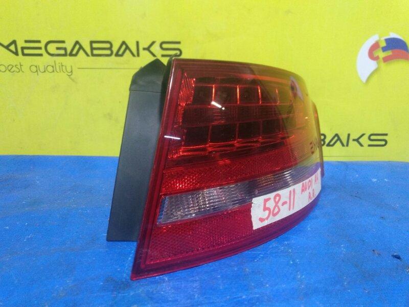 Стоп-сигнал Audi A4 B8 2007 правый 215902 (б/у)